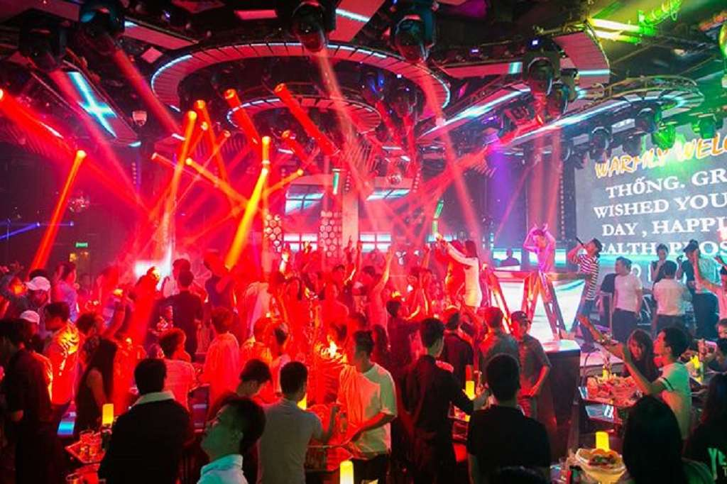 Rain Night club đà lạt